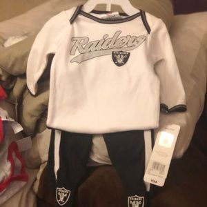 0-3 months raider outfit
